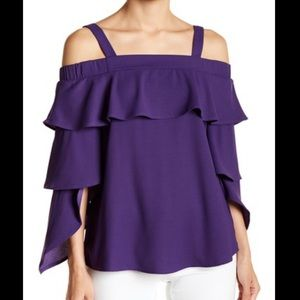NEW Romeo and Juliet Couture Ruffle Cold Shoulder